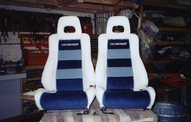 bucket_car_seats-sized_